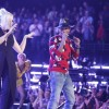PHARRELL AND GWEN STEFANI PERFORM 'HOLLA BACK GIRL' ON 'THE VOICE'