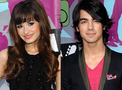 Demi lovato and joe jonas 2012