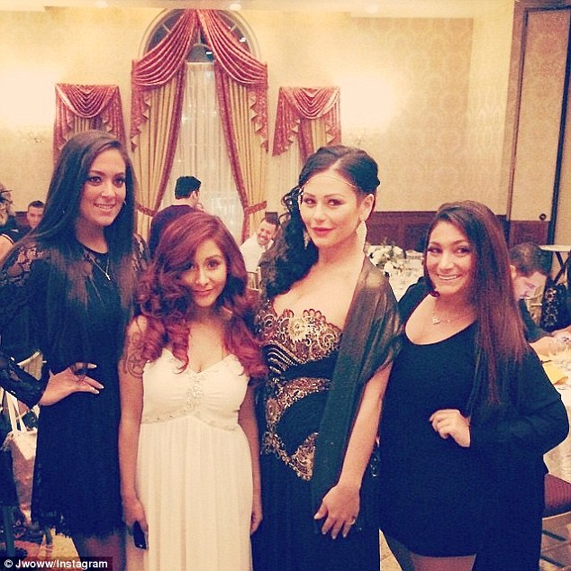 Snooki Marries Jionni See Photos Of Their Gatsby Themed Wedding