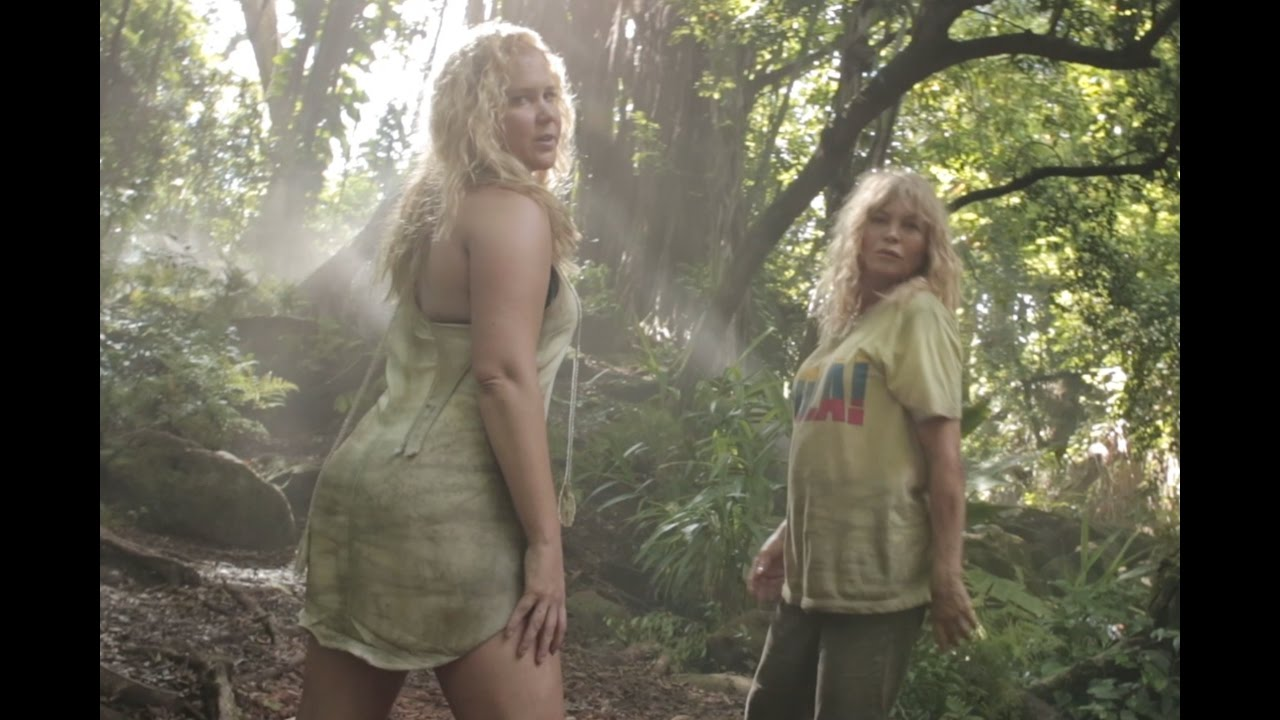 WATCH: Goldie Hawn and Amy Schumer Parody Beyoncé's 'Formation'